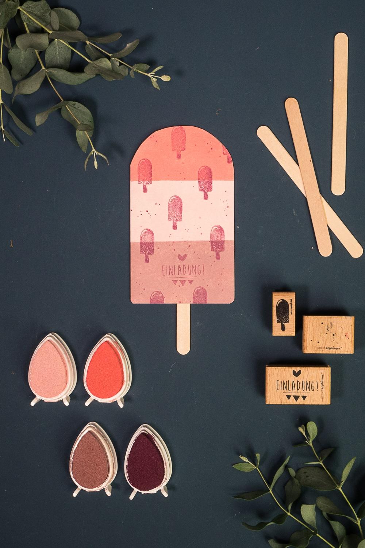 Einladungskarte zum Eis mit Stempeln kreativ gebastelt